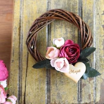 Διακοσμητικό στεφάνι χειροποίητο με λουλούδια
