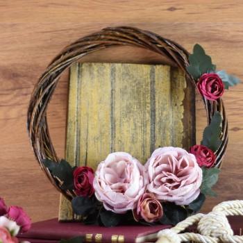 Διακοσμητικό στεφάνι χειροποίητο με λουλούδια 30εκ