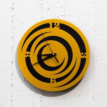 Clock black-gold